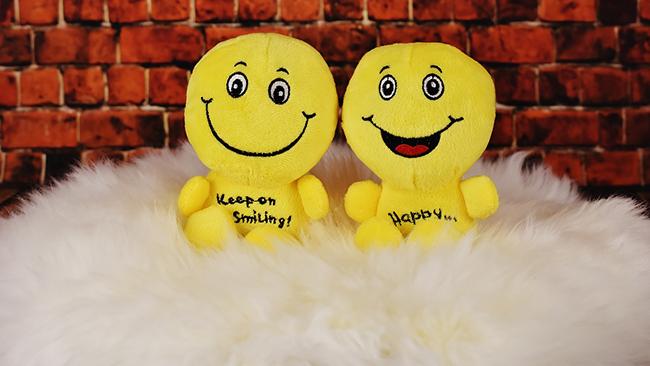 Insta Emoji Photo Editorを使ってかわいい絵文字スタンプを写真につけて遊ぼう!
