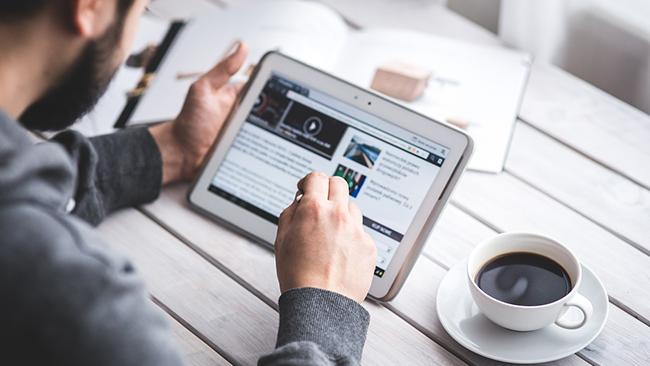ブログやWebサイトでインスタの投稿を表示してみよう!誰でもできる投稿の埋め込み方法