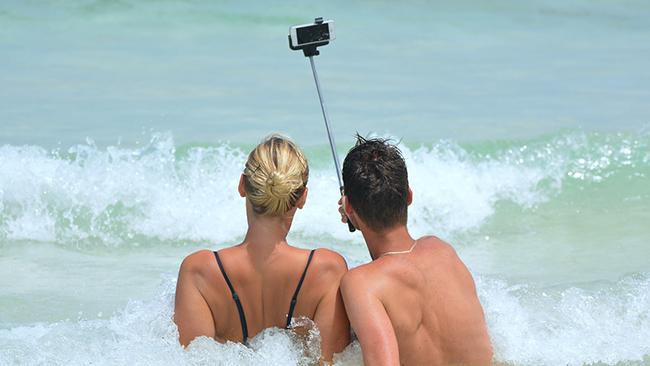 インスタをもっと楽しく!最新おすすめ自撮りカメラアプリ5選
